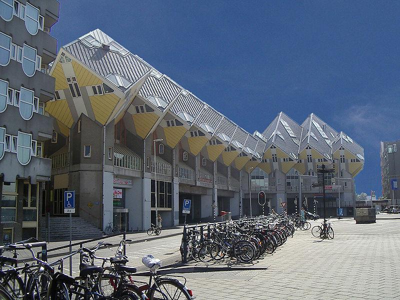 Arquitectura extraña rara e ingeniosa (JD)